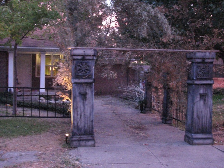 Stone Cemetery Columns : Images about halloween columns on pinterest papier