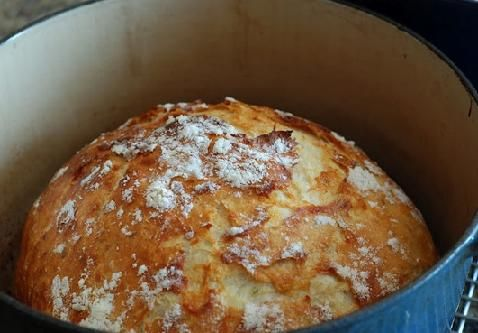 Easy Homemade Bread In A Cast Iron Pot