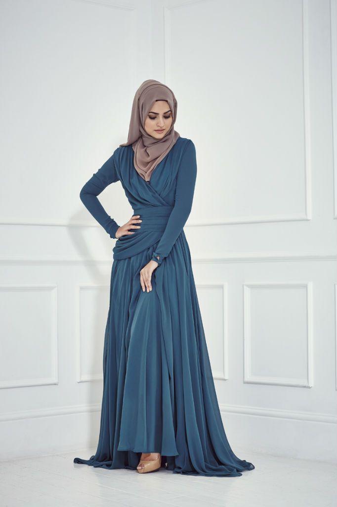 ملابس محجبات من عناية (Inayah) - مجلة زنوبيا