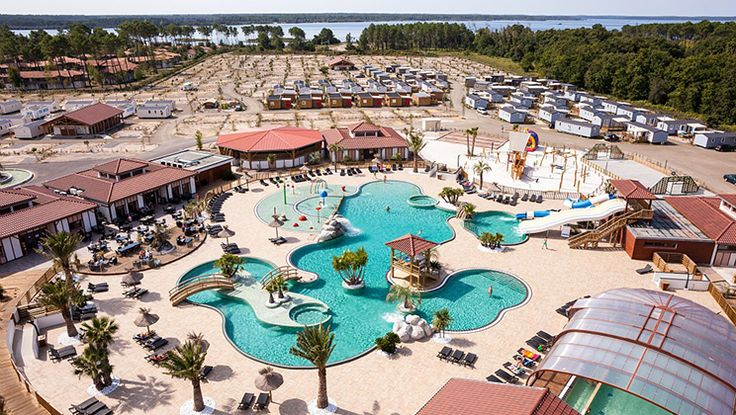 Yelloh! Village au Lac de Biscarrosse - An all new Yelloh! Camping village which already boasts one of the prestigious chain's most popular pool complexes, is ideally located on the tranquil south shore of Lake Biscarrosse with a lovely sandy beach.
