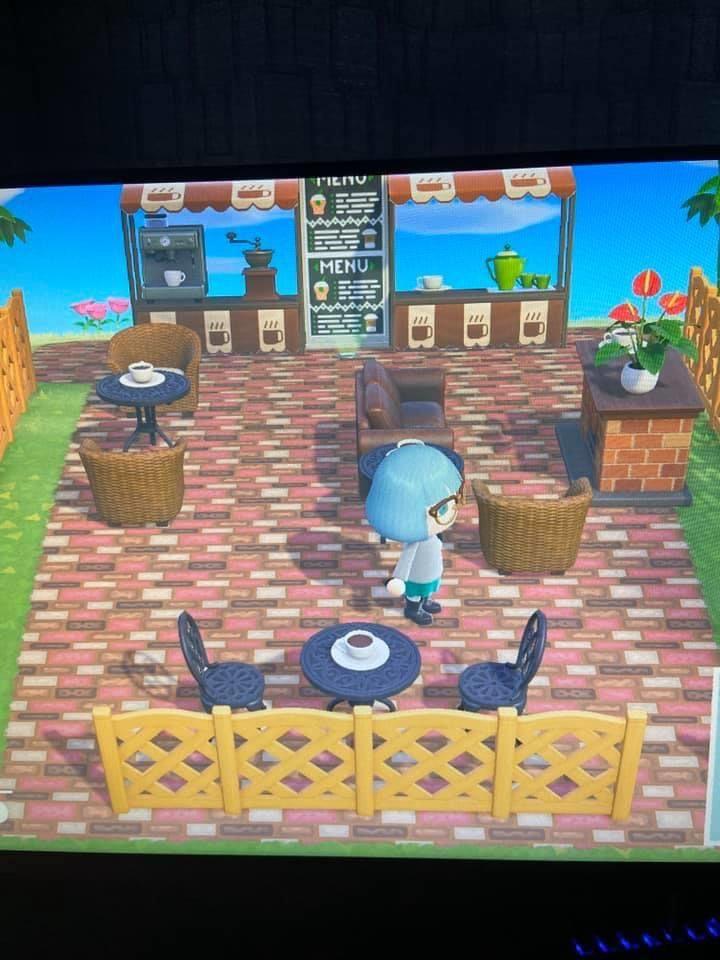 Ac Coffee Shop In 2020 Animal Crossing Animals Coffee Shop