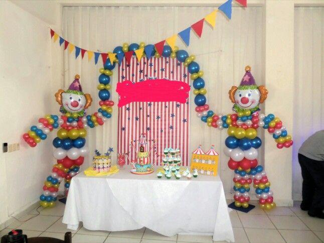 Decoloraci n con payasos y globos cumplea os infantil - Decoracion con globos para cumpleanos ...