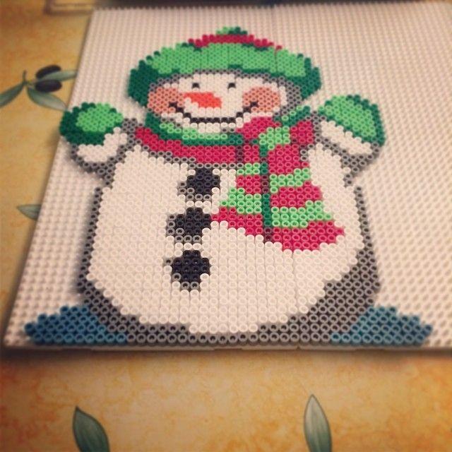 Christmas snowman perler bead sprite by ehmanu