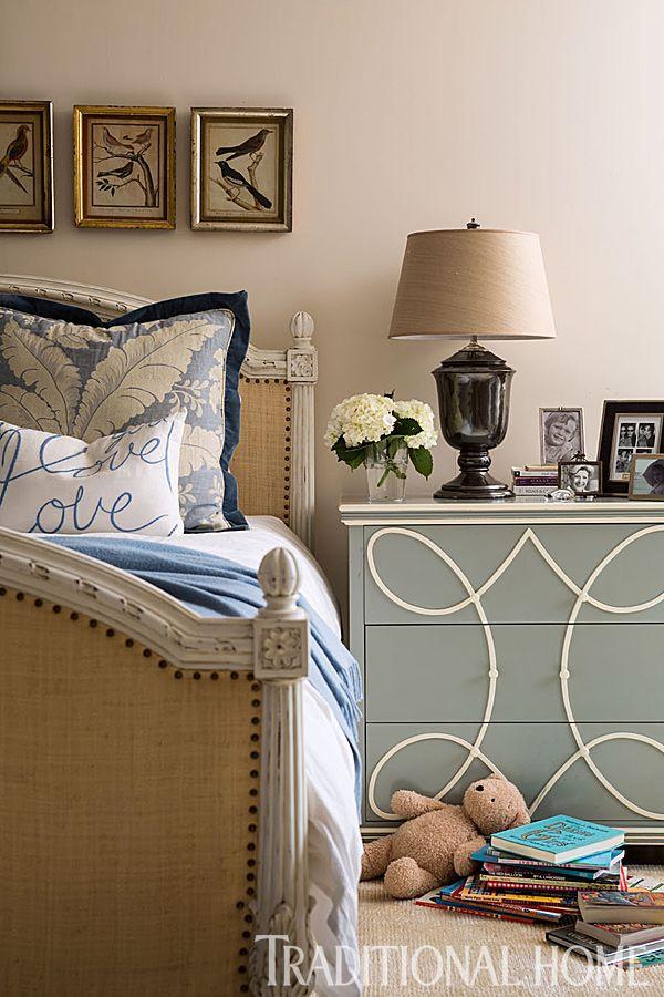 Soft Ivory And Blue Gray Hues Keep The Bedroom Feeling Serene.   Photo:  John Bessler And Jonathan Wallen / Design: Susan Hurwitt, Victoria Cameron,  ...
