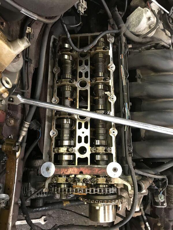 v8 xj308 cam chain tensioner change jaguar xj40 xj8 jaguar xj40