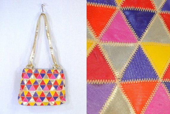 80er Jahre Harlekin gesteppte Leder Bucket Bag - hellen Regenbogenfarben, metallischen Akzenten - Rosa, lila, gelb, rot und Gold - Ring Drawstring