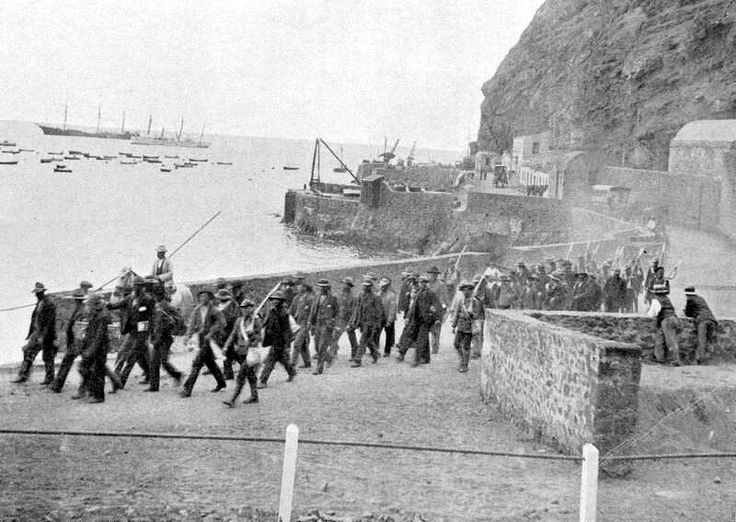 Click for: Being marched off the Wharf (Click to see the full-sized image, opens in a new window or tab) [Saint Helena Island Info:Boer Prisoners (1900-1902)]