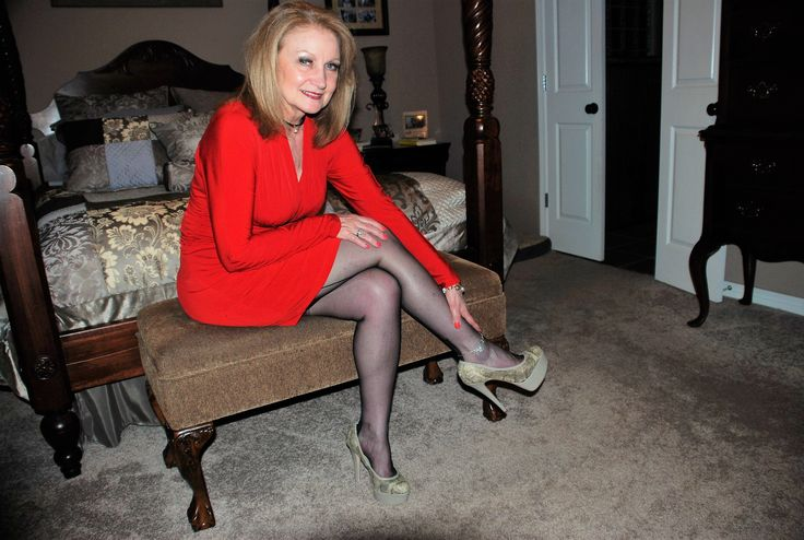 Loves her Hot Wife anklet! If the heels don't say