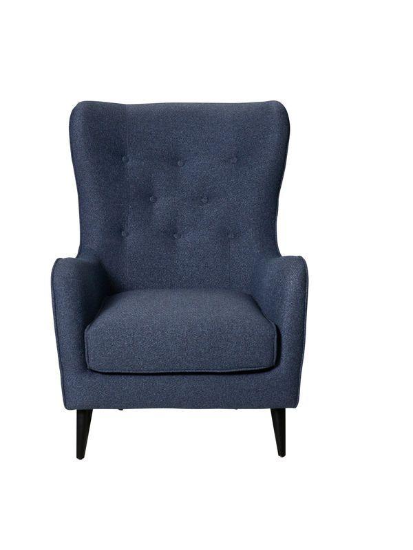 Nordic Pola er designet for entusiaster av tradisjonelle former med et moderne utseende og god sittekomfort. Den klassiske opprinnelsen til denne mode