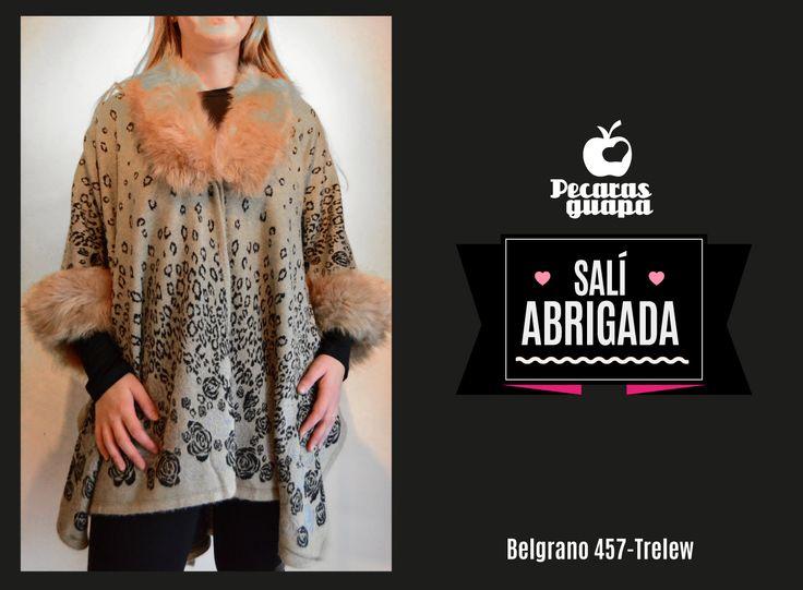 Poncho animal print con piel En liquidación Otoño! #Trelew #Pecarasguapa #otoño #liquidacion #abrigo #tendencias #2015 #UnaStudio