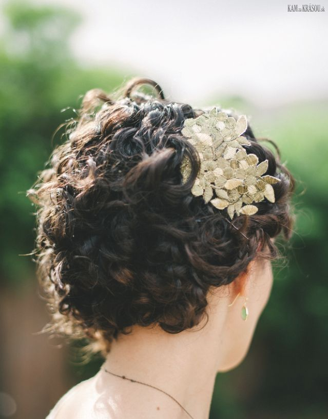 #kamzakrasou #hairaccessories #weddingaccessories #decor #wedding #inspiration #tips #weddingideals #weddinginspiration #hair #weddin_hair #inspiration #new #trends Nádherné+klasické+elegantné+svadobné+úšesy