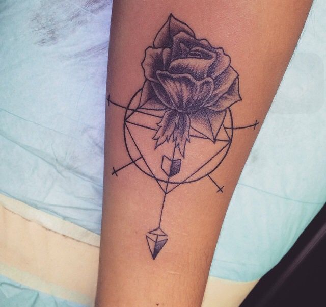 1000 ideas about simple arrow tattoo on pinterest arrow tattoos watercolor arrow tattoo and. Black Bedroom Furniture Sets. Home Design Ideas