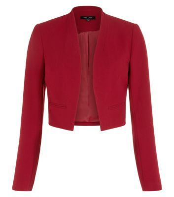 """Keep workwear pieces sharp and streamlined this season, with this essential burgundy blazer. Just add a white cami, tailored printed trousers and pointed courts.- Simple long sleeves- Open front design- Cropped design- Double cloth fabric- Woven fabric- Model is 5'8""""/176cm and wears UK 10/EU 38/US 6"""