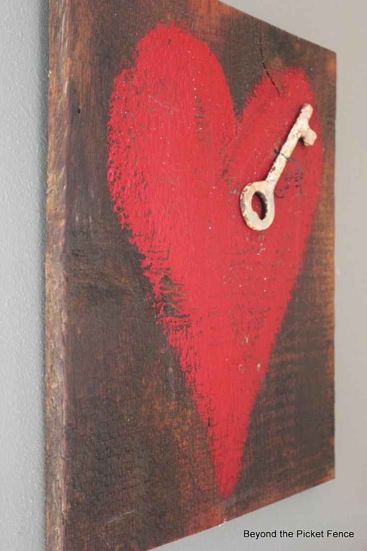 Key to My Heart--Reclaimed Wood Heart Art http://bec4-beyondthepicketfence.blogspot.com/2014/01/key-to-my-heart-reclaimed-wood-heart-art.html: