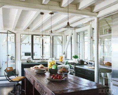 Meg Ryan's airy, open kitchen in her Martha's Vineyard beach house.: Elle Decor, Martha Vineyard, Window, Beams, Rustic Kitchens, Beaches House Kitchens, Kitchens Islands, Elledecor, Meg Ryan