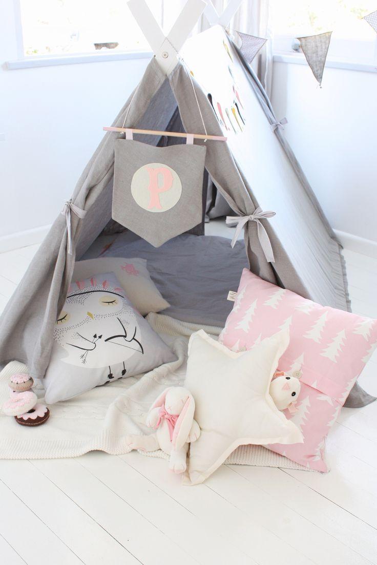 Un joli tipi pour une chambre d'enfant / Tipi for kid's room