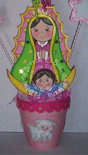 CENTRO DE MESA VIRGENCITA   DE GUADALUPE       Virgencita de Guadalupe elaborada en foami   Tamaño  27cm   Precio  $40.00      Centro de m...