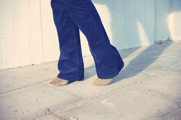 LOOK: Pantalones de pana   Camisa de cuadros HM  @Rose VaHe, me gustan estos pantalones de pana, son de HM pero en su web no los veo...