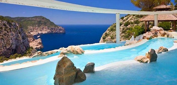 【イビサ島/スペイン】一度は泊まってみたい!憧れのイビサ島の人気ホテル3選。