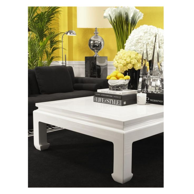 Les 25 meilleures id es de la cat gorie table basse for Table laquee blanche