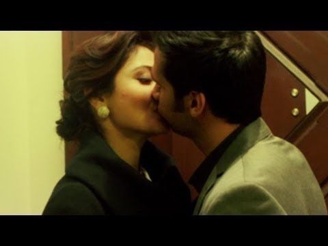 Kissing videos of anushka