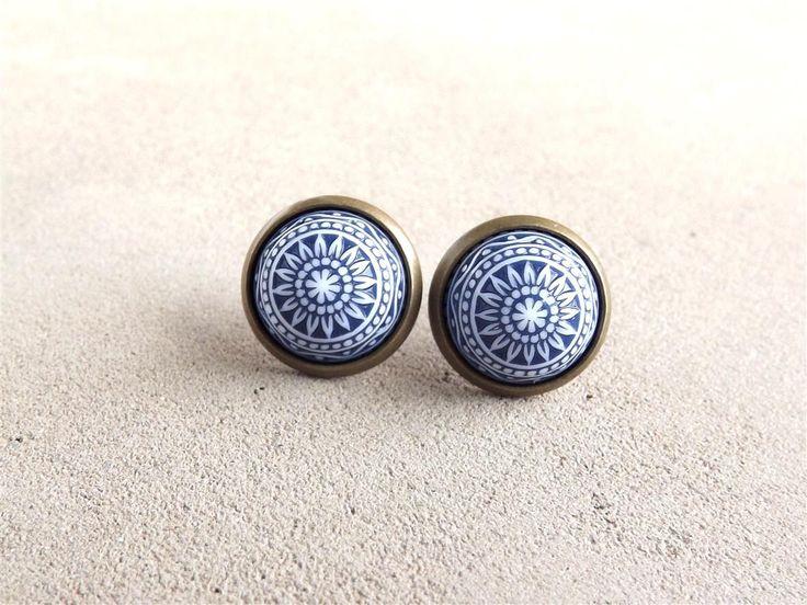 Navy Blue Earrings Stud Earrings Vinatge Etched Earrings Small Earrings Ear Posts Gift For Her by bloomyjewelry on Etsy https://www.etsy.com/listing/155315499/navy-blue-earrings-stud-earrings-vinatge