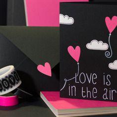 Biglietto per un felice san valentino o un buon anniversario | love is in the air |