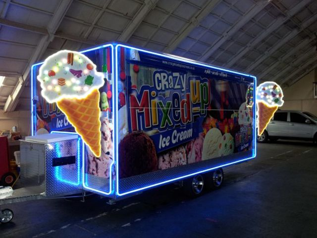 Crazy Mixed Up - You bet, LED Neon Flex around the perimeter of the mobile icecream trailer and LED modules in the icecream cones #neon #led #icecream