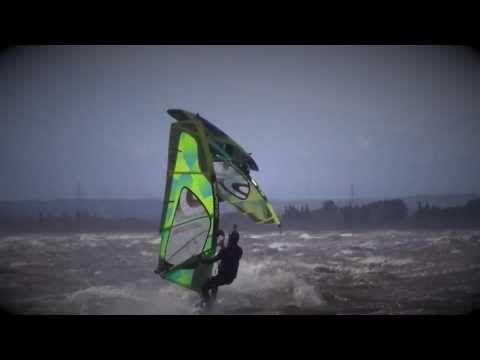 neilpryde windsurf leucate : force 10 - YouTube
