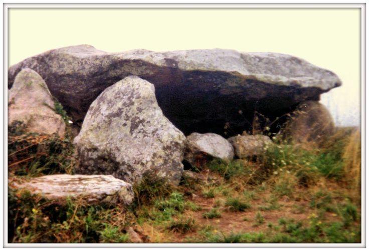Allineamenti di Carnac. Dolmen, Bretagna, 1992