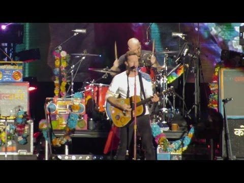 [HD] Coldplay En Lima DVD - Charlie Brown / AHFOD TOUR 2016 - I stole a key...Took a car downtown...where the lost boys meet.