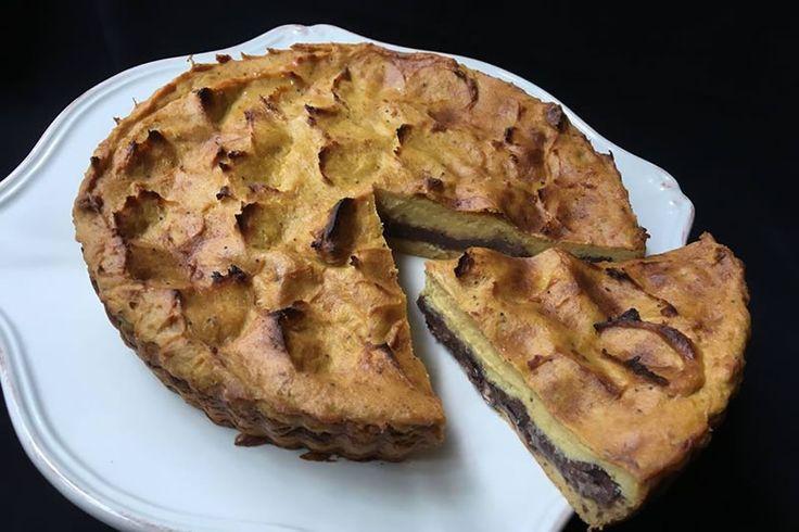 Torta De Plátano Macho Con Frijoles Negros