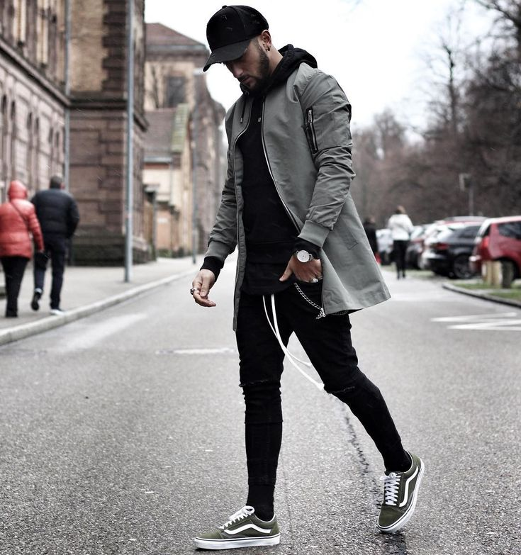 """2,631 Likes, 15 Comments - Mensfashion ▪️Street ▪️Style (@mensfashion_guide) on Instagram: """"Style by @massiii_22 Via @gentwithstreetstyle Yes or no? Follow @mensfashion_guide for dope…"""""""