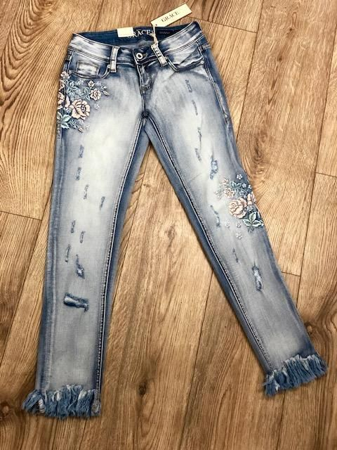 5e2e206ca19 Grace in LA Women s Light Pink   Blue Floral Embroidered Skinny Jean  JNW-81229