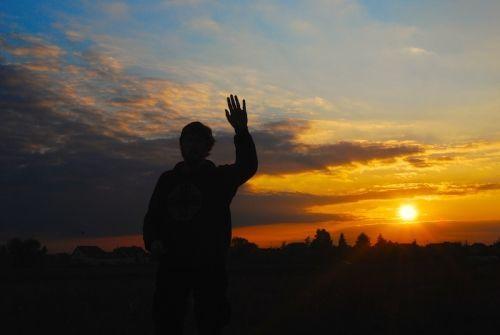 """Formulele utilizate în Arta BinecuvântăriiFormula utilizată prin rostire lăuntrică atunci când realizăm Binecuvântarea :""""Doamne Dumnezeule, Tată"""
