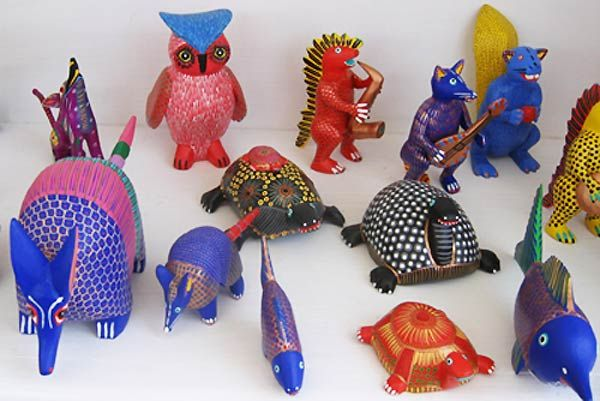 1000 images about alebrijes oaxacan wood carved animals for Oaxaca mexico arts and crafts