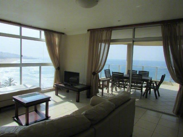 3 bedroom Apartment / Flat for sale in Margate for R 1950000 with web reference 103110426 - Proprop Hibiscus Coast