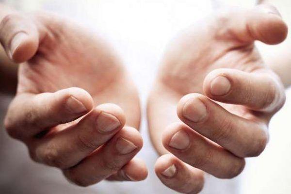 Μούδιασμα στα χέρια: Τα αίτια και το Σύνδρομο Raynaud