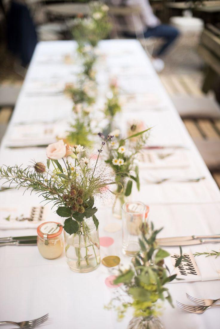 natürliche Tischdeko für deine lässige Hochzeit