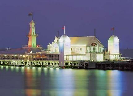 Geelong Boardwalk at night