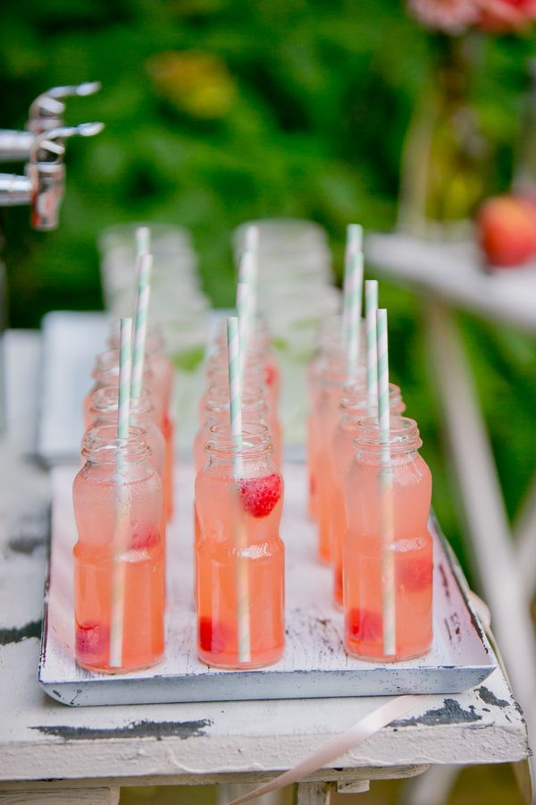 wedding cake signature drink 63 best strawberries for weddings images on 24541