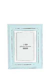 DISTRESSED FRAME