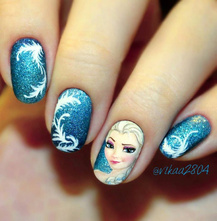"Nail Art Inspired by Disney's ""Frozen"""