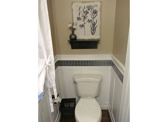 17 best images about moldings on pinterest chairs grout for Bathroom chair rail ideas