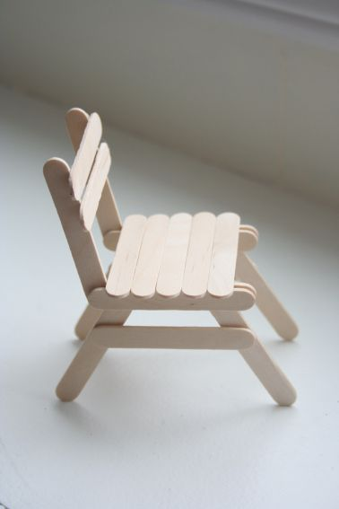 doll house chair