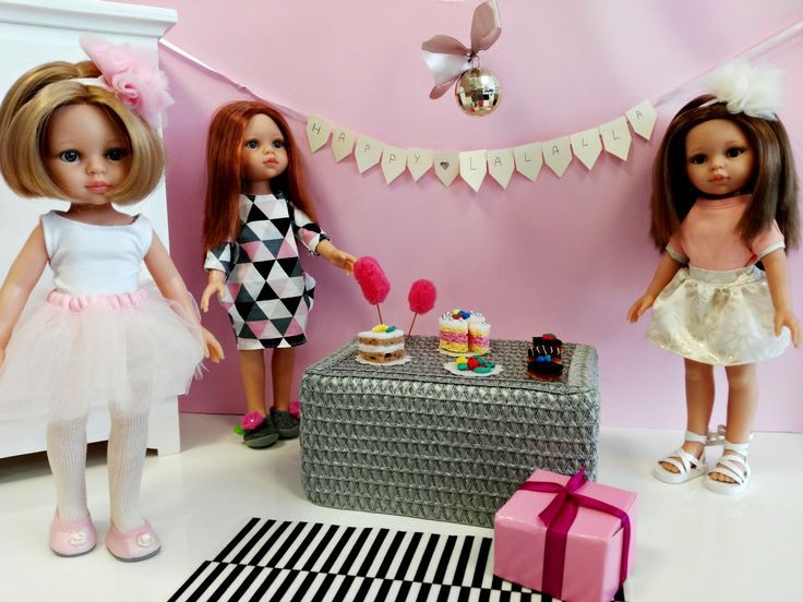 Party for doll. Cakes and cotton candy for doll. La Lalla Dolls - choose a doll, that looks like your daughter and matched clothes for girl and doll.