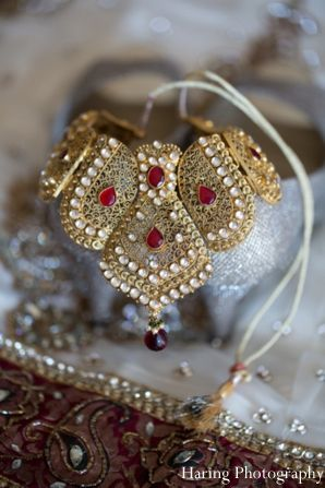 indian wedding jewelry necklace portrait http://maharaniweddings.com/gallery/photo/6130