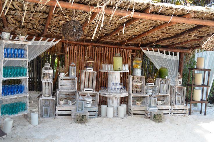 Barra de aguas frescas estilo vintage para boda en la for Como hacer un bar de madera