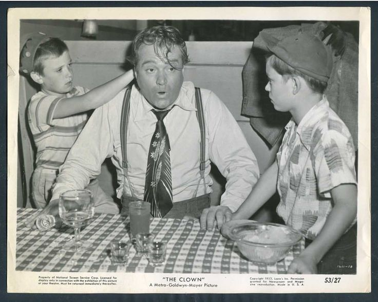 Tim Considine (on the left) with Red Skelton, in The Clown (1953).
