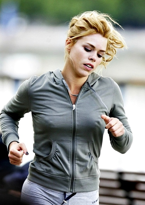 Last  time I checked I do NOT look this perfect when jogging.